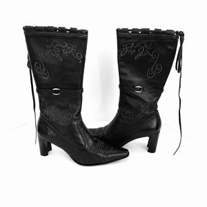 Roper cowgirl embroidered boots size  7.5